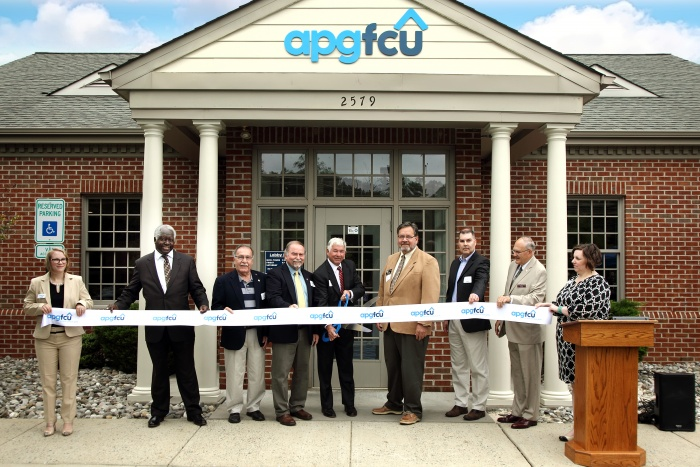 Chesapeake ribbon cutting